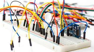 MANTENIEMITO PREVENTIVO Y CORRECTIVO DE CIRCUITOS ELECTRÓNICOS Y ANALÓGICOS Y DIGITALES